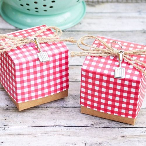 Red Gingham Favor Box by Beau-coup