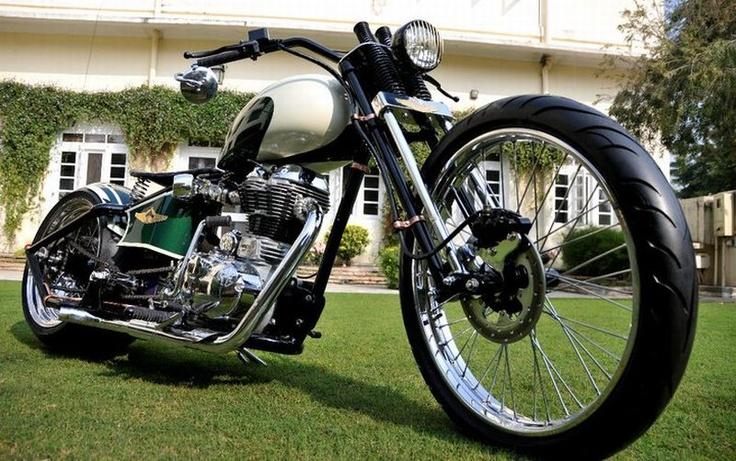 Rajputana Royal Enfield: Custom Rajputana, Bobbers Motorcycles, Awesome Wheels, Royals Enfield, Awesome Bobbers, Enfield Bike, Custom Bobbers, Rajputana Royals, Rajputana Awesome