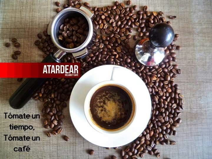 En nuestra tienda deguste café tipo exportación recién molido y preparado en máquina espresso.  Visítenos de lunes a domingo de 8:00 am a 9:00 pm y siempre en www.atardear.com  Atardear, es tiempo de compartir www.atardear.com Tel. 5966008  #tardea #atardear #estiempodecompartir #itstimetoshare #café #coffee