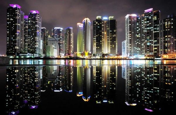 Seeing Double: Breathtaking Mirrored Images Of City Skylines - Seoul, South Korea by Saik Kim