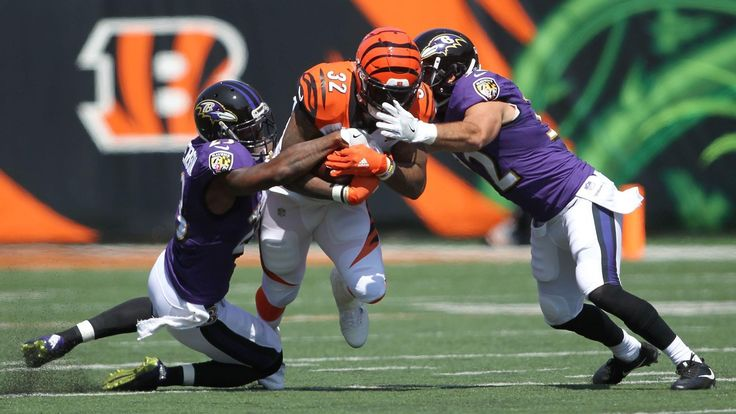 Ravens safeties Eric Weddle, Tony Jefferson agree they can play better