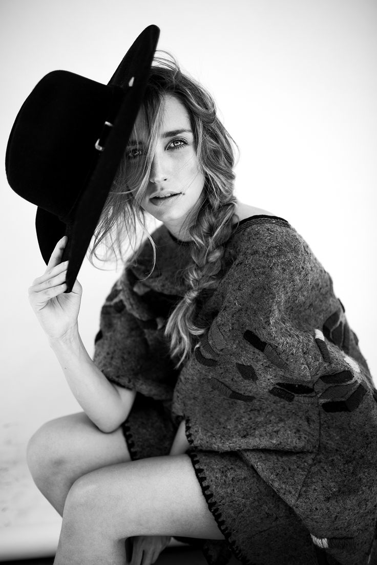 Editorial for Modo Mag  Photos Thyago Rodrigues | www.thyagorodrigues.com Styling Pedro Moura | M&H Lis Peixoto  #fashio...