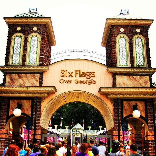 when is six flags over georgia open days