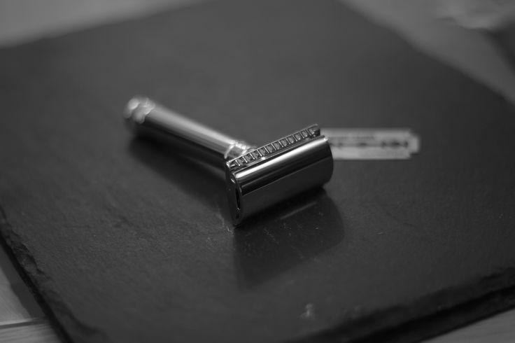 Looks so good on slate! The DE89 from Edwin Jagger. www.smoothandgroomed.co.uk