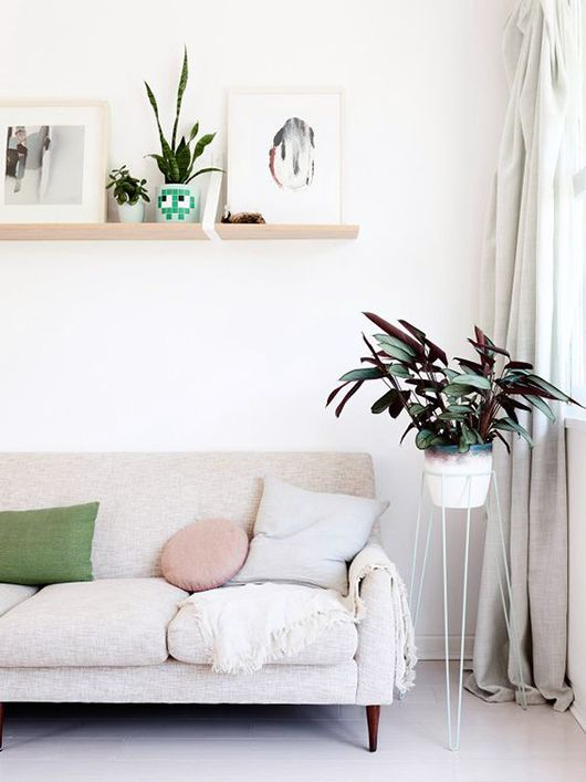 See Inside This Light And Airy Mid Century Modern Australian Apartment For Home Decor Ideas And Inspiration Explore More Pictures Of Houses