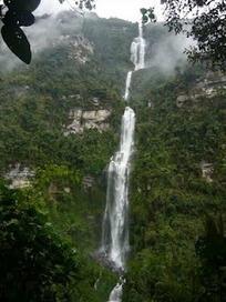 Cascada La Chorrera,  la más grande de Colombia