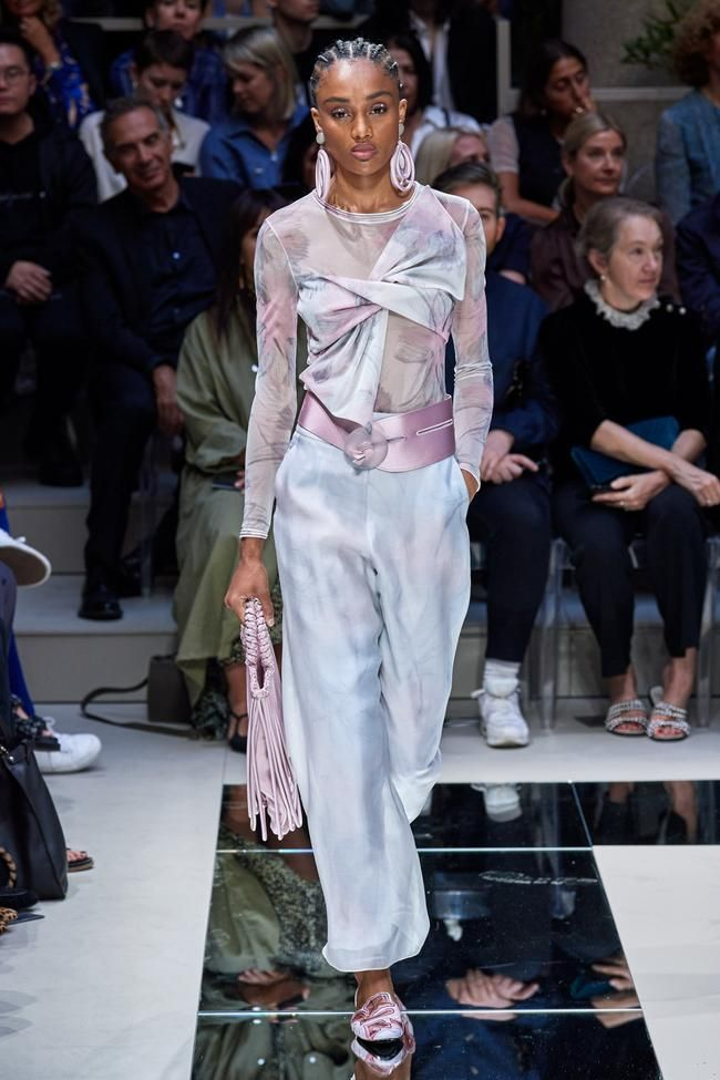 Giorgio Armani Ready To Wear Spring Summer 2020 Milano Fashion Week Fashion Italian Fashion Designers