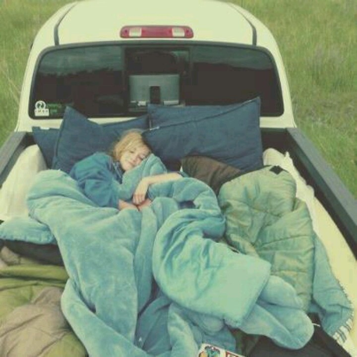 Truck bed.. i wanna do this!