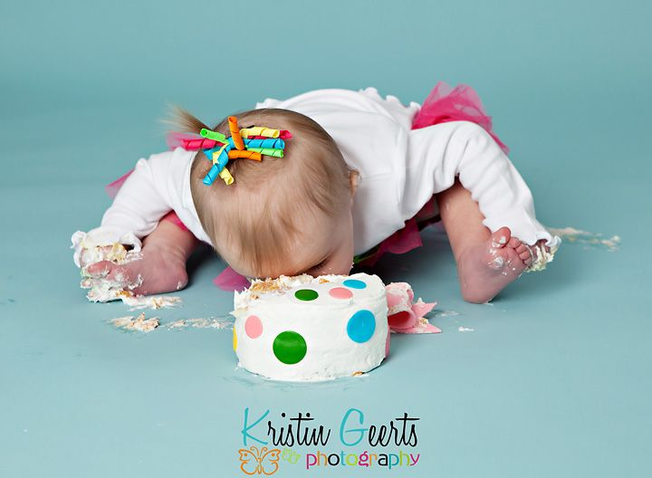 Kristin Geerts Photography Blog: 1st Birthday cake smash {Bettendorf Quad Cities Photographer}