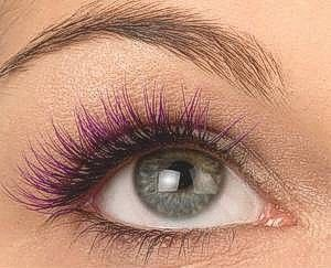 Colored eyelash extensions!?! yes please.