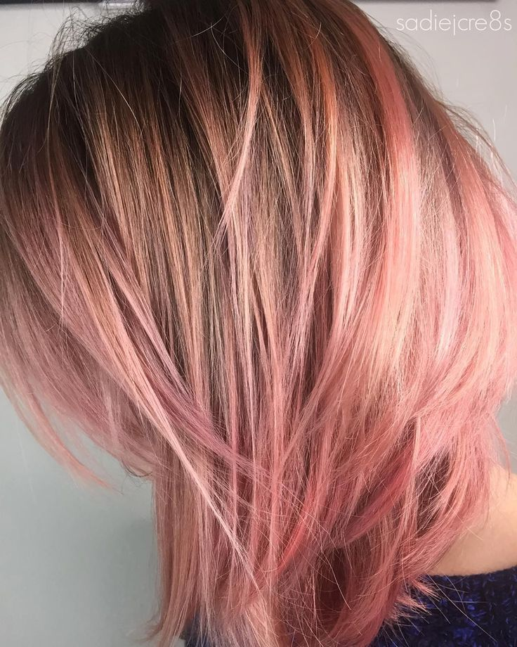"""PINKCORAL✨ I smoked out her level 7 roots with #fanola 7.11+blue+silver and used my trusty #moringaplex to prep her hair for the fabulous coral colour…"""