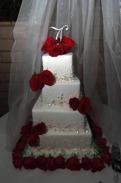wedding cake Wedding Cakes Photos on WeddingWire