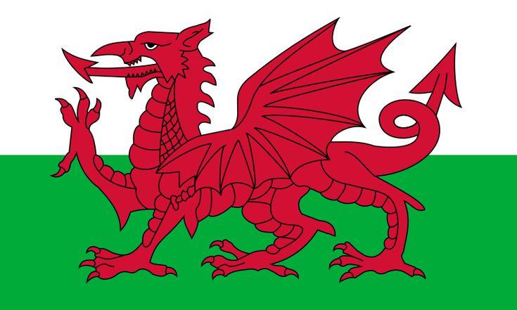 Le Dragon rouge, drapeau du pays de Galles (Y Ddraig Goch en gallois, Red Dragon en anglais). C'est un dragon rouge sur fond mi parti blanc et vert. Le drapeau est officiel depuis 1959, mais le dragon rouge est lié au pays de Galles depuis des siècles. La raie blanche représente les Tudors, la dynastie galloise (1485 à 1603) et la raie verte symbolise le poireau, autre symbole gallois.