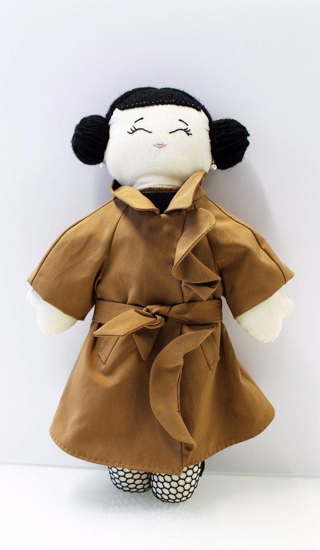 """Adotta una Pigotta! Ecco Matilde: la Pigotta creata da Mantù per la mostra benefica""""Stilisti per la Pigotta"""" che si tiene a Verona nella Biblioteca Civica, fino al 2 Dicembre.  Ogni Pigotta adottata è una vita salvata!  #pigotta #adottaunapigotta #matilde #verona #charity #charityevent"""