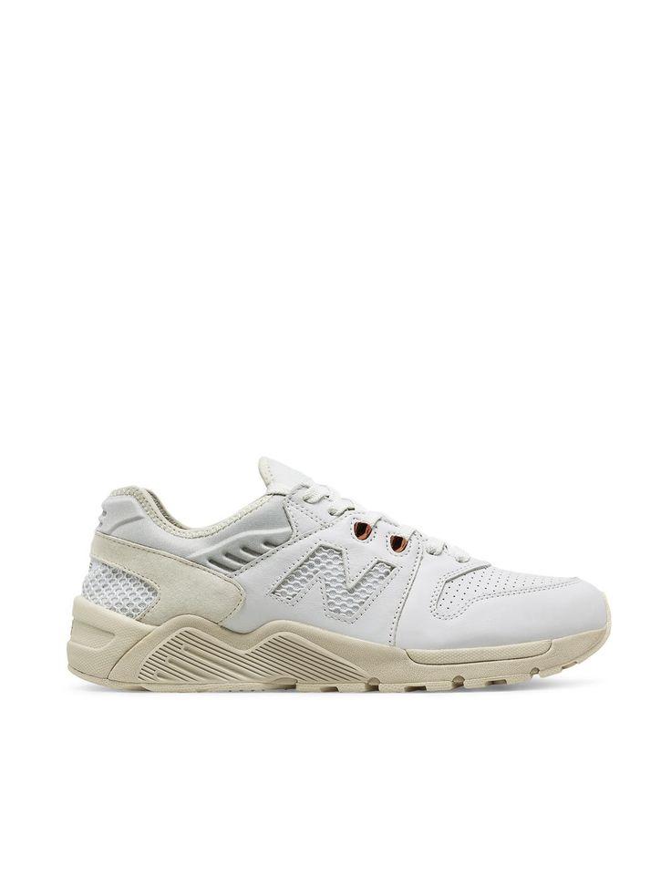New Balance 009: White