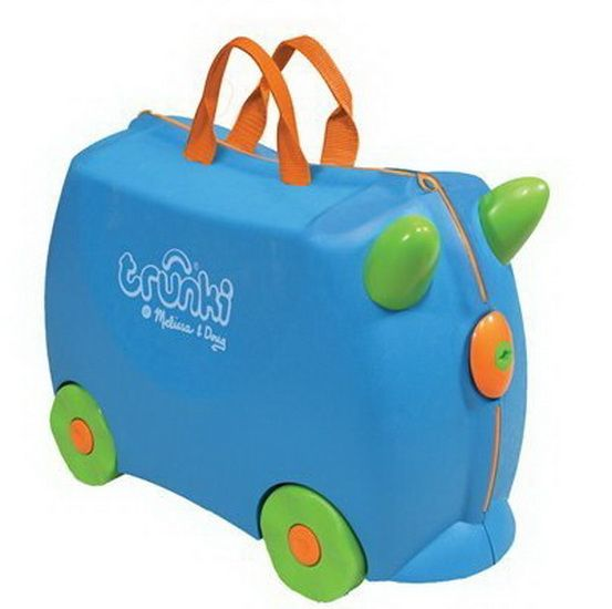 Le Trunki, léger tout en étant des plus solides, procurera ainsi des heures de divertissement dans l'aéroport, la gare ou quel que soit l'endroit de votre séjour. Les enfants n'en ont jamais assez de tirer le Trunki derrière eux. Lorsque le petit se fatigue, hop, hop, il monte à bord son Trunki et se laisse promener. Le trunki, approuvé comme bagages à main, est la façon idéale de transporter les jouets et effets personnels de votre enfant. Il est disponible en couleurs et formes ...