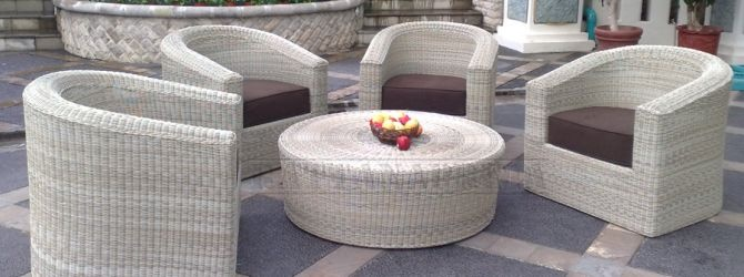 NEWCASTLE is Synthetic Rattan Furniture or Outdoor Wicker Furniture, Frame: Aluminum. Weaving: Synthetic round core 3mm. With Cushion available for indoor and outdoor (water resistant). Available with or without glass..