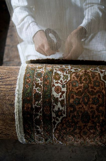 Kashmir carpet weavers
