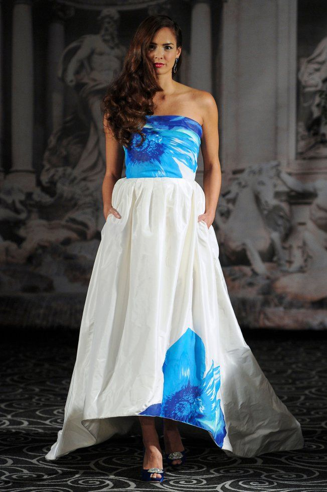 Robe de mariée de couleurs Sarah Jassir