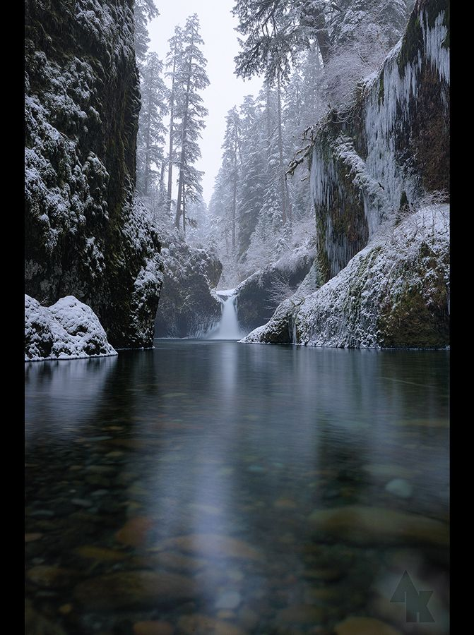 Eagle Creek Gorge Punchbowl Falls Oregon photo