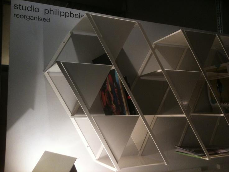 Soldi shelf