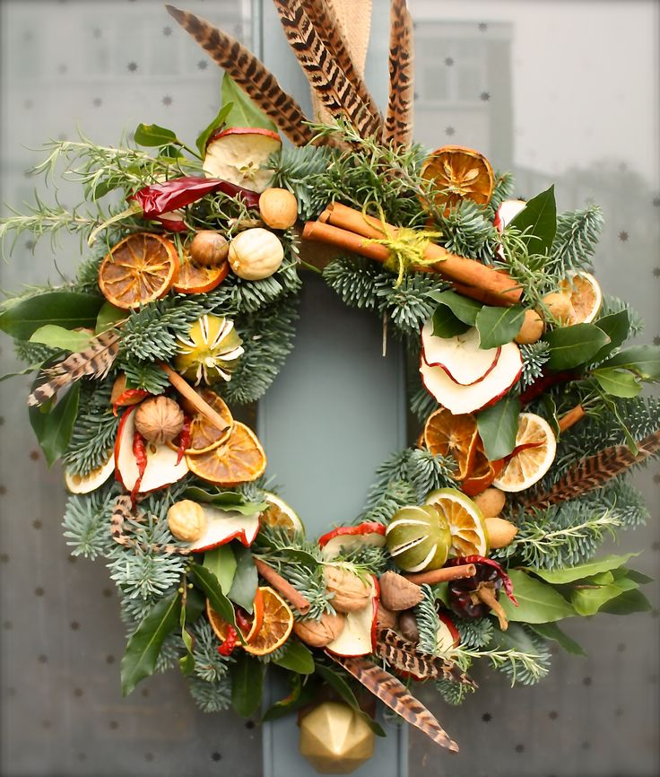 A culinary wreath for the festive & the foodie