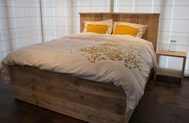 Steigerhout bed 'Modern 3.0', steigerhout bedden, bed steigerhout, steigerhouten bed, steigerhout bed by Livengo.nl