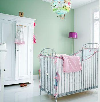 Mintgroene babykamer; mooie rustige kleur en niet saai!