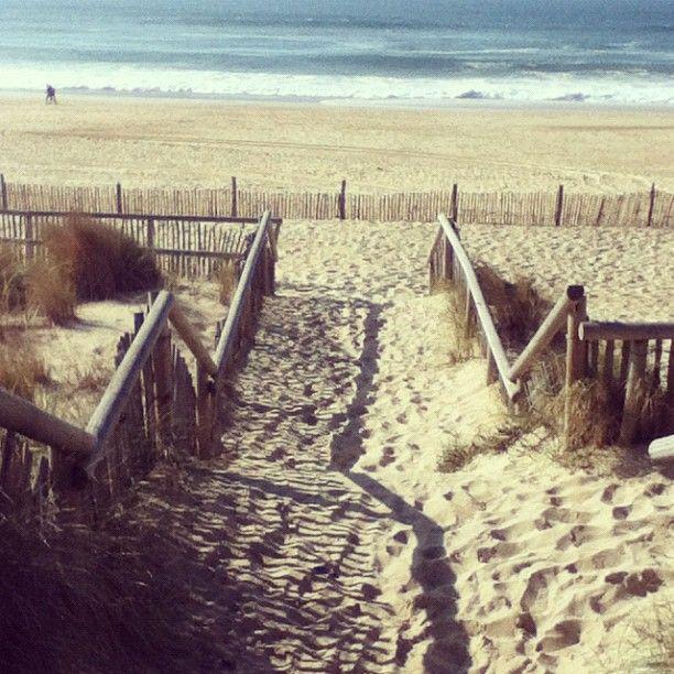 Hossegor, France. 3weeks ago I sat on ths beach. Amazing.
