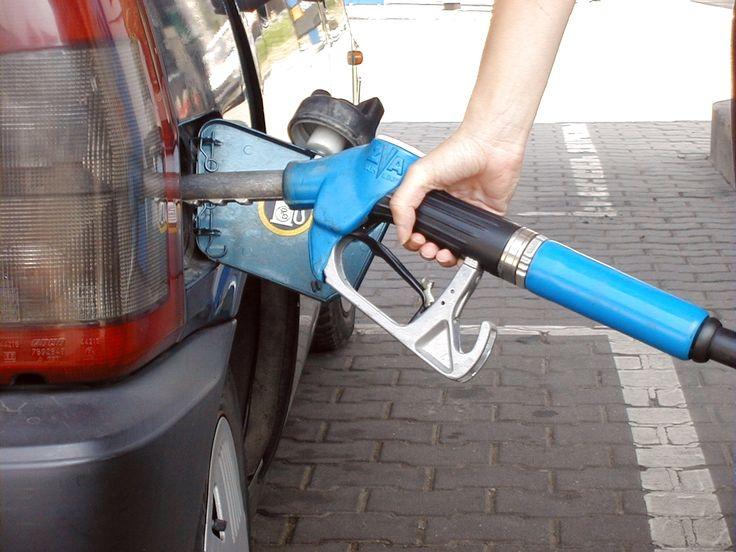 Hausse du prix du carburant en Tunisie