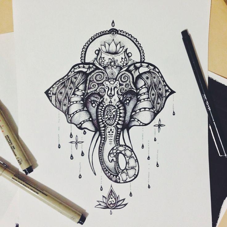 Tatouage éléphant à motifs indiens