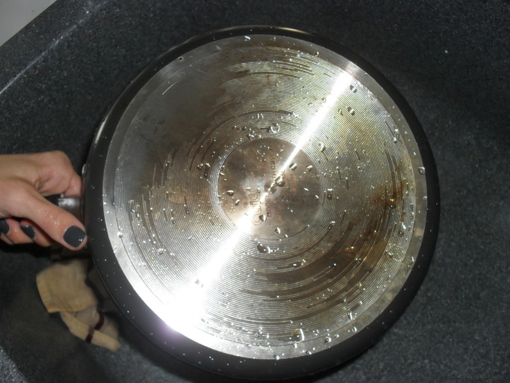 how to get rid of cooking grease on walls