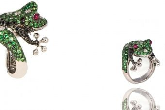 Gismondi Jewellery 1754  Frog ring in white gold 18Kt with rubies and pave' of black diamonds, tsavorite and natural white diamonds.