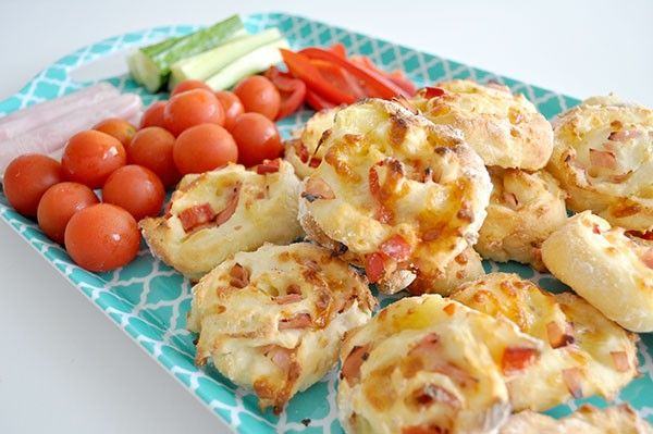 Cheese-and-Bacon-Scrolls