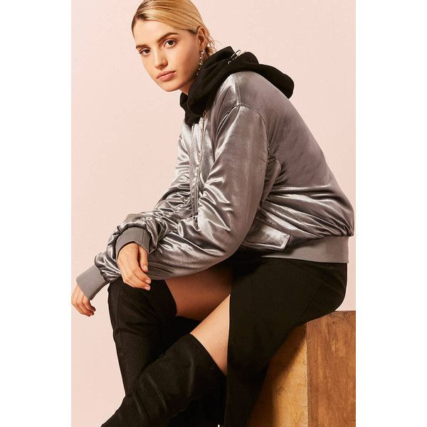 Forever21 Velvet Hooded Padded Bomber Jacket (1.520 RUB) ❤ liked on Polyvore featuring outerwear, jackets, grey, bomber style jacket, grey bomber jacket, padded bomber jacket, bomber jackets and velvet bomber jacket