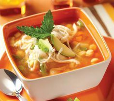 Paso a paso te enseñamos a preparar un delicioso y tradicional Caldo Tlalpeño.