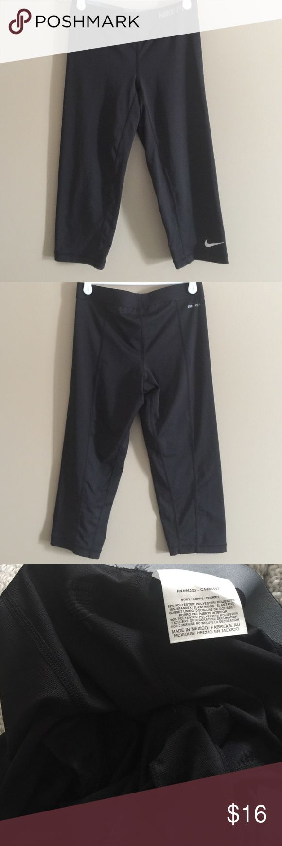 """Nike Compression Capris Great condition! Worn once, I just didn't like the style enough on me. Seams are in perfect condition. Hit just below knee for me and I'm 5'8"""". Nike Pants Leggings"""