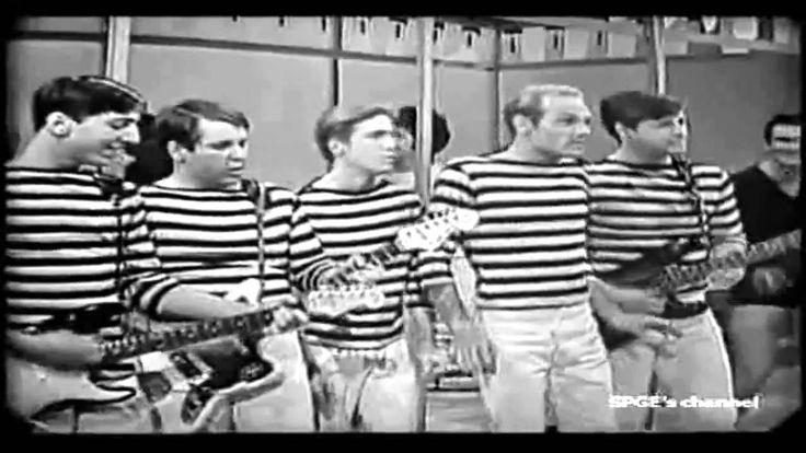 Muziek ouderwets: Dit liedje heet Surfin USA,   van de Beach Boys. Dit liedje vind ik wel vrolijk.
