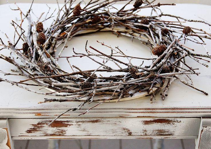 Winter Twig Wreath - Thistlewood Farm