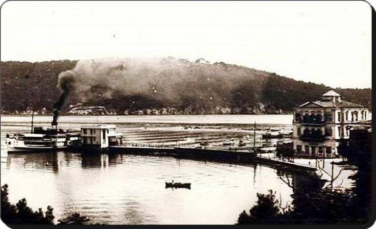 Burgazada iskelesi 1900lerin başı