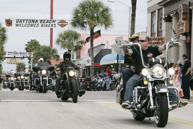10 Things to Do at Daytona Bike Week: Things to Do at Daytona Bike Week - Cruise Main Street