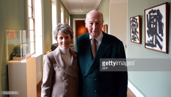 Peregrine Cavendish, Duke of Devonshire (R), and his wife Amanda, Duchess of Devonshire (L) pose inside Chatsworth House stately home, in Bakewell, Derbyshire, northern England on March 6, 2013. The 12th Duke of Devonshire is well known for his interest in and services to horse racing and is chairman of the Ascot Racecourse. AFP PHOTO / PAUL ELLIS