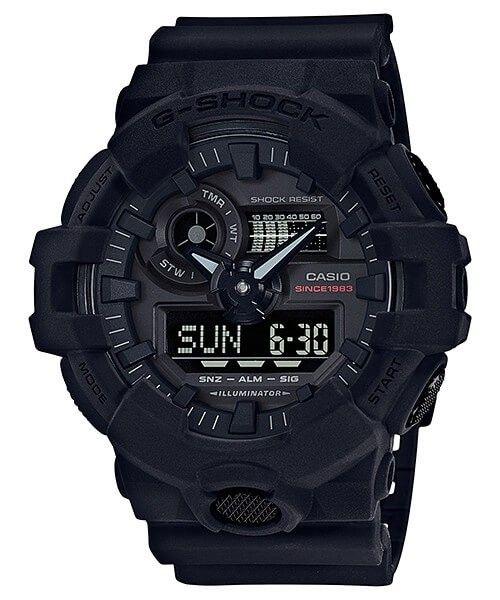 Casio G-Shock 35th Anniversary Limited Edition Big Bang Black GA-735A-1AER. Naar aanleiding van het 35 jarig bestaan van de G-Shock heeft Casio een viertal G-shocks ontworpen om daar extra aandacht op te vestigen. Dit horloge heeft een zwarte Resin band en kast en heeft een extreme houdbaarheid bij normaal gebruik. De wijzerplaat is zwart. Met de Super illuminator kan het display in een populaire kleur helder worden verlicht. De wijzers en/of index hebben een fluorescerende laag waardoor…