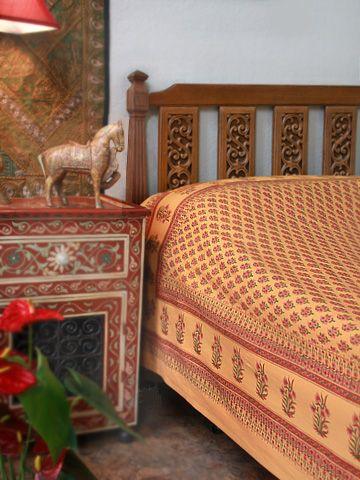 Indian Summer ~ Orange Paisley Exotic Sari Print Twin Bedspread: Indian Summer, Beautiful Indian, Paisley India, Duvet Covers, Queen Duvet, Orange Paisley