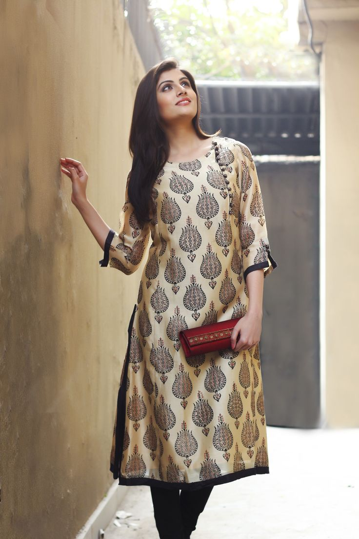 printed silk kurta with zardosi clutch