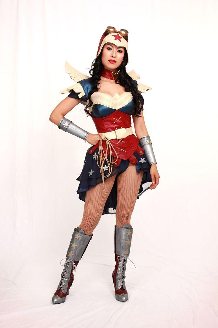 Cosplay:  Apotheosis as steampunk Wonder Woman.  The costume has a bustle!  Photographer:  Glenn Rane