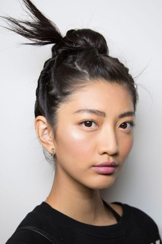 8 spring hairstyle trends from the runway to start wearing now: