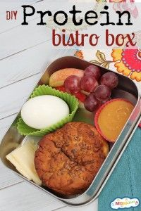 momables - DIY Protein Bistro Box with cubed cheese - fun lunch ideas