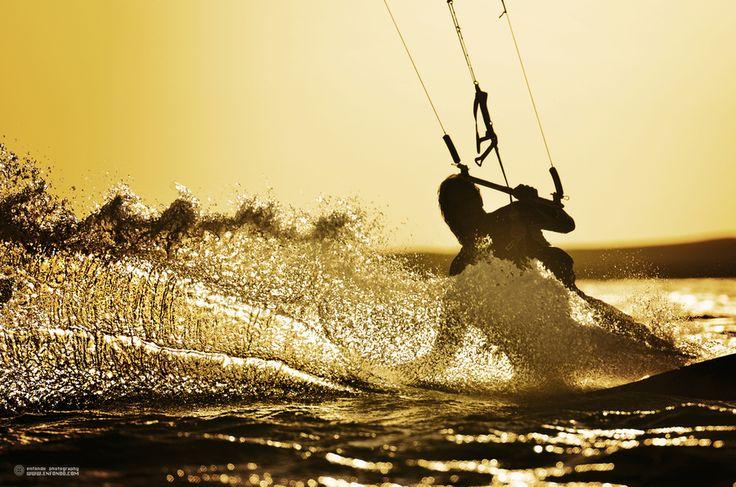 sunset kite (Mike Blomvall)  kitesurfing, extreme