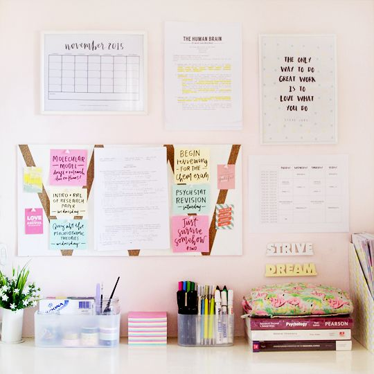 thearialligraphyproject: New month, new setup for my desk!